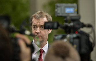 Michael Mann, Spokesperson of High Representative Catherine Ashton, speaks to journalists (archive)