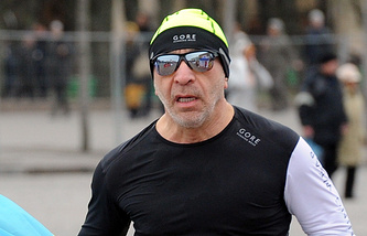Kharkiv Mayor Gennady Kernes during a marathon