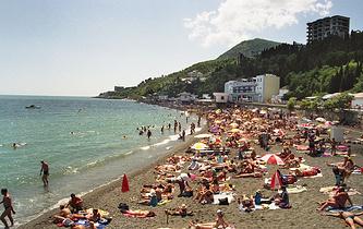 A beach in Crimea (archive)