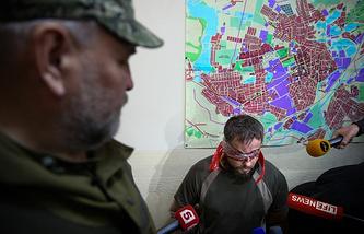 Interrogation of Ukrainian Security Service officers (archive)