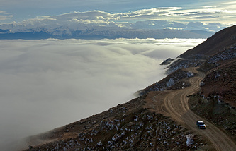 A mountain road in Dagestan (archive)