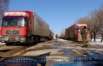 Trucks on the border between Moldova and Ukraine