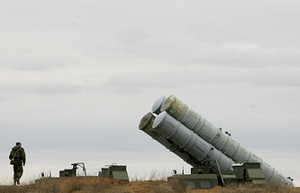 S-300 air defense rocket launchers