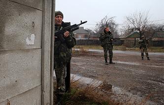 Militia fighters in eastern Ukraine