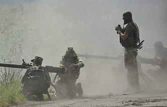 Ukrainian soldiers in Ukraine's Luhansk Region, July 2014