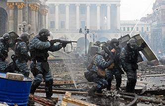 Berkut fighter during rallies in Kiev (archive)