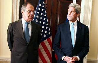Russian Foreign Minister Sergey Lavrov and US Secretary of State John Kerry (archive)