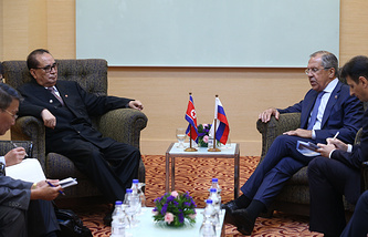 The meeting of the Russian foreign minister with his North Korean counterpart