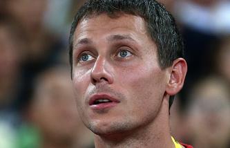 Russian team's Head Coach Yuri Borzakovsky