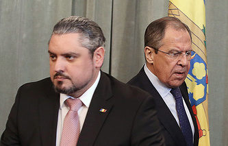 Moldova's Foreign Minister Andrey Galbur and  Russia's Foreign Minister Sergey Lavrov