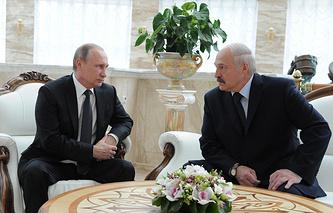 Russia's President Vladimir Putin and Belarus President Alexander Lukashenko