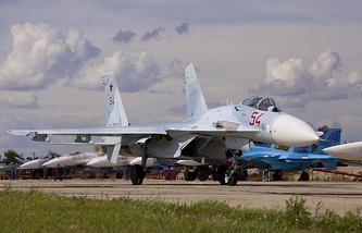 Su-27 fighters