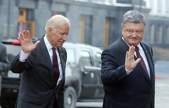 US Vice President Joe Biden and Ukrainian President Petro Poroshenko