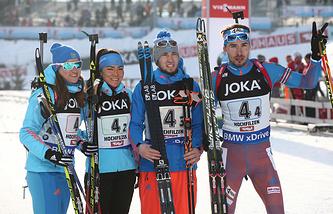 Olga Podchufarova, Taiana Akimova, Alexander Loginov and Anton Shipulin