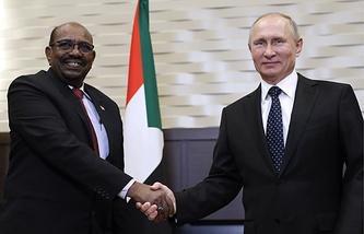 Sudanese President Omar al-Bashir and Russian President Vladimir Putin