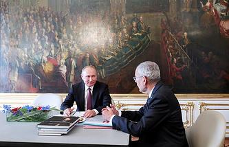 Russian President Vladimir Putin and Austrian President Alexander Van der Bellen