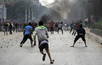 """Сторонники """"Братьев- мусульман"""" во время протеста в Каире"""