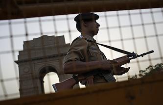 Индийский полицейский в Нью-Дели