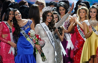 Габриэла Ислер - Мисс Вселенная 2013.  Фото AP/Pavel Golovkin