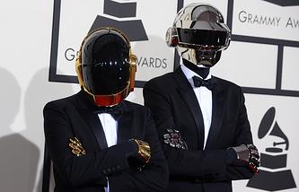 Группа Daft Punk на 56-й ежегодной церемонии Grammy