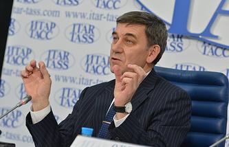 Генеральный директор РНФ Александр Хлунов