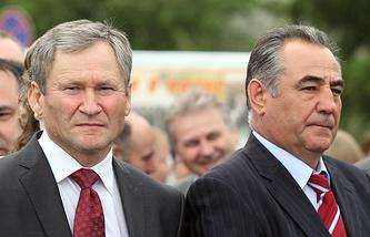 Врио губернатора Курганской области Алексей Кокорин (слева) продолжит работу своего предшественника Олега Богомолова (справа) по увеличению доходной части облбюджета