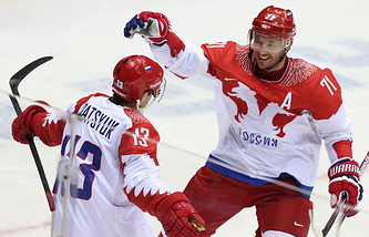Хоккеисты Павел Дацюк и Илья Ковальчук (слева направо)