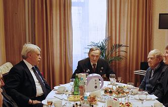 Георгий Полтавченко, Игорь Сахаров, Даниил Гранин (слева направо)