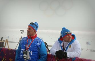 Николай Лопухов (слева)