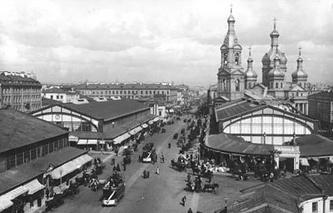 Церковь Успения Пресвятой Богородицы - Спас на Сенной. Фото начала 1900-х гг.