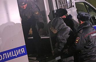 Задержание ученика школы №263 Сергея Гордеева