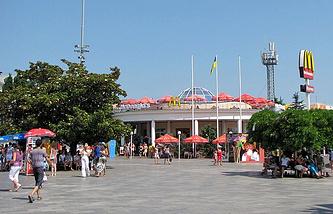 Ресторан McDonald's в Ялте
