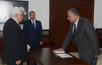 Махмуд Аббас и Али Мухана