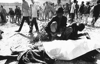 Жертва отравления в Бхопале, Индия, 1984 год