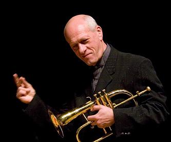Руководитель Санкт-Петербургской филармонии джаза Давид Голощекин