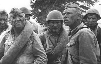 """Кадр из кинофильма """"Они сражались за Родину"""", 1975 год"""
