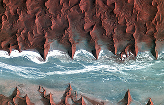 Нанибийская пустыня, фото со спутника