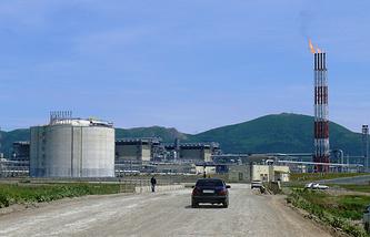 Завод СПГ по производству сжиженного природного газа, принадлежащий компании Sakhalin Energy