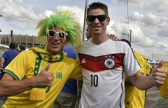 Болельщики сборных Бразилии и Германии