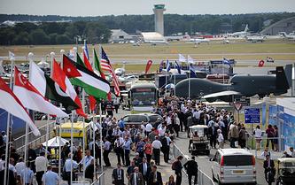 Авиасалон Farnborough Airshow - 2010 в Великобритании