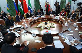 Переговоры глав делегаций стран БРИКС. 2013 год