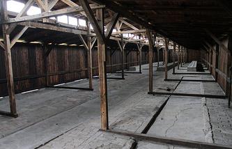 Бараки концлагеря Освенцим