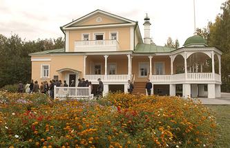 Музей-усадьба Сергея Есенина