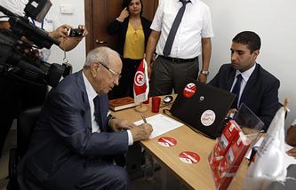 "Лидер оппозиционной партии ""Нидаа Тунис"" Бежи Каид ас-Себси"