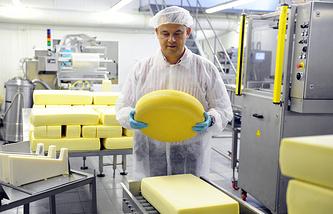 """Производство сыра на предприятии """"Невские сыры"""""""