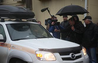 Водитель автомобиля Константин Алтухов, который почти сутки просидел в эвакуированном автомобиле