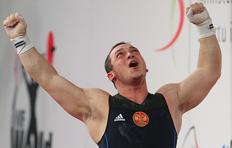 Артем Окулов