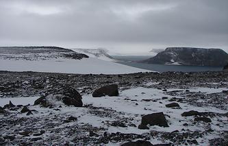 Вид на один из островов архипелага Земля Франца-Иосифа