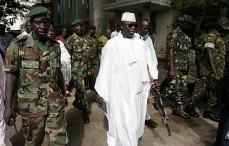 49-летний гамбийский президент Яйя Джамме
