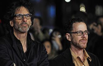 Братья Джоэл (слева) и Итан Коэн